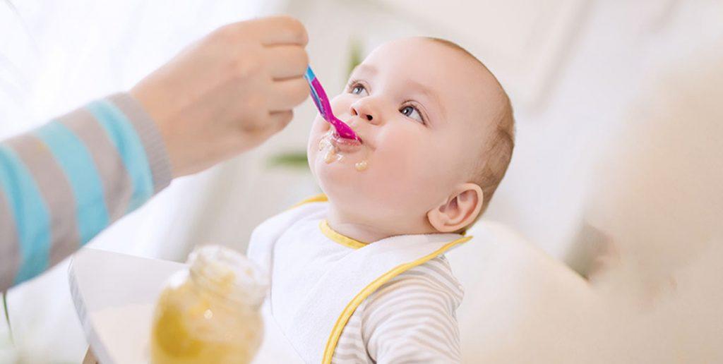 کودکان زیر یک سال این خوراکی را هرگز نباید بخورند